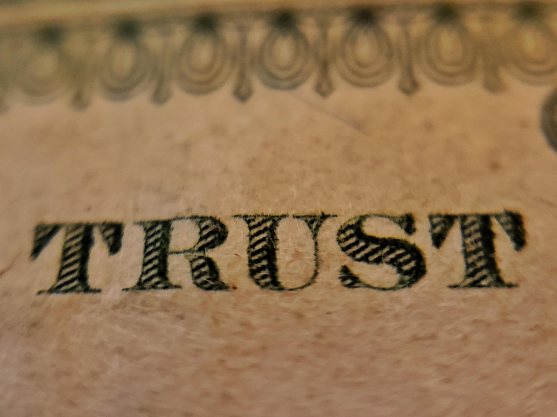 Trust distribution resolution